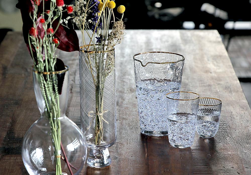 Hazel glass blur(ヘーゼル グラス ブラー)のイメージ写真01
