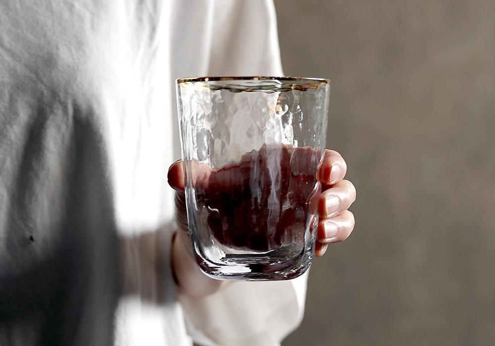 Hazel glass blur(ヘーゼル グラス ブラー)イメージ写真05