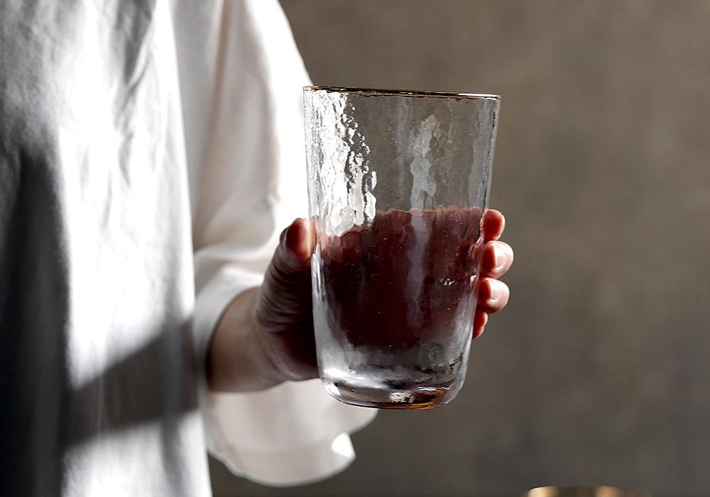 Hazel glass blur(ヘーゼル グラス ブラー)イメージ写真06
