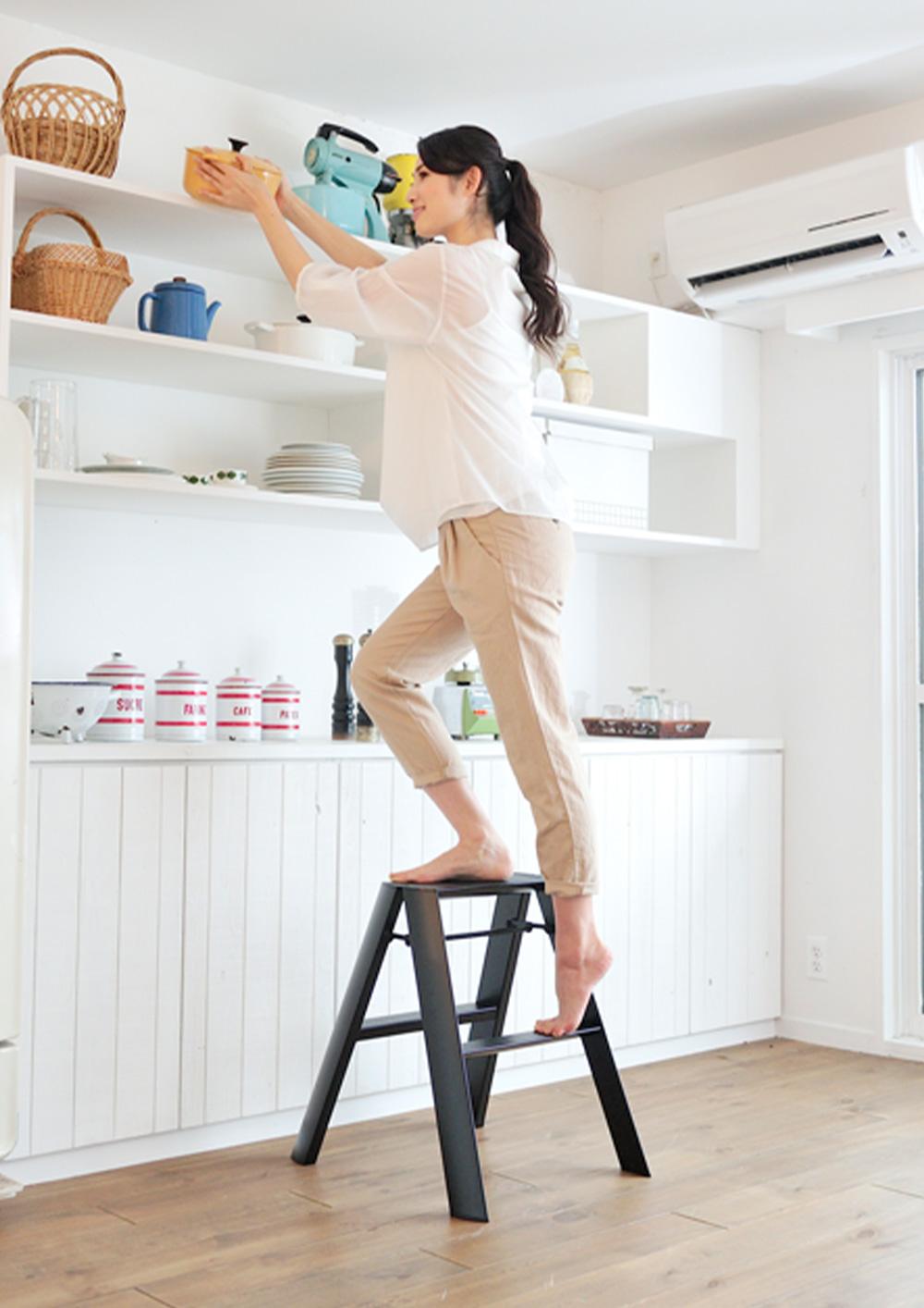 lucano Step stool(ルカーノ ステップスツール)のイメージ写真01