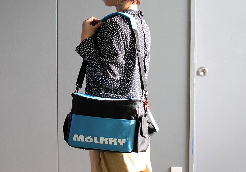 モルック トーナメントモデル バックのサイズイメージ 横から肩にかけたイメージ