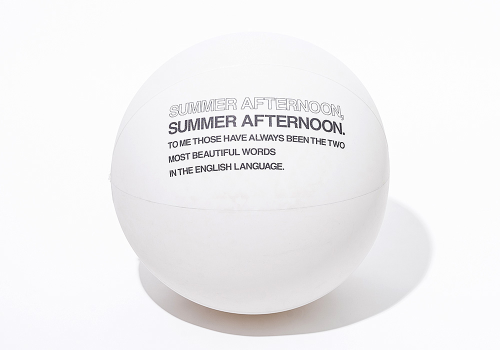SWIMMING BALL Whiteのイメージ写真01