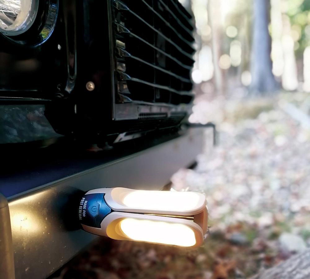 TRI-PANEL SOLAR CHARGED LED LIGHT(トリ-パネル ソーラーチャージド エルイーディーライト)のイメージ写真06