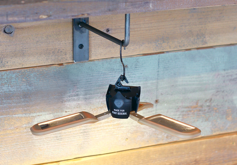 TRI-PANEL SOLAR CHARGED LED LIGHT(トリ-パネル ソーラーチャージド エルイーディーライト)のイメージ写真08